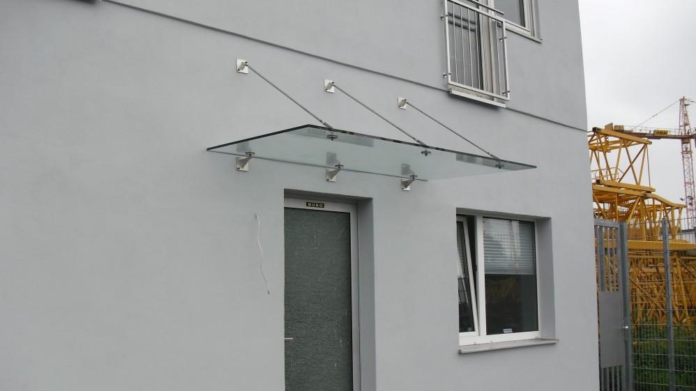 Metallbau: Vordach